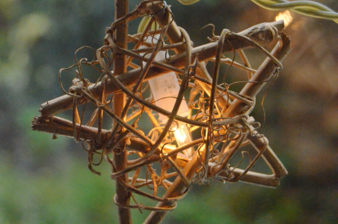 wicker star light