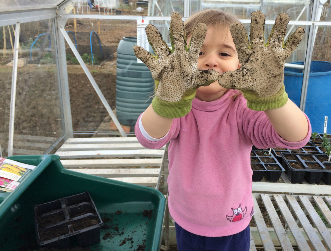 Lily mucky gloves
