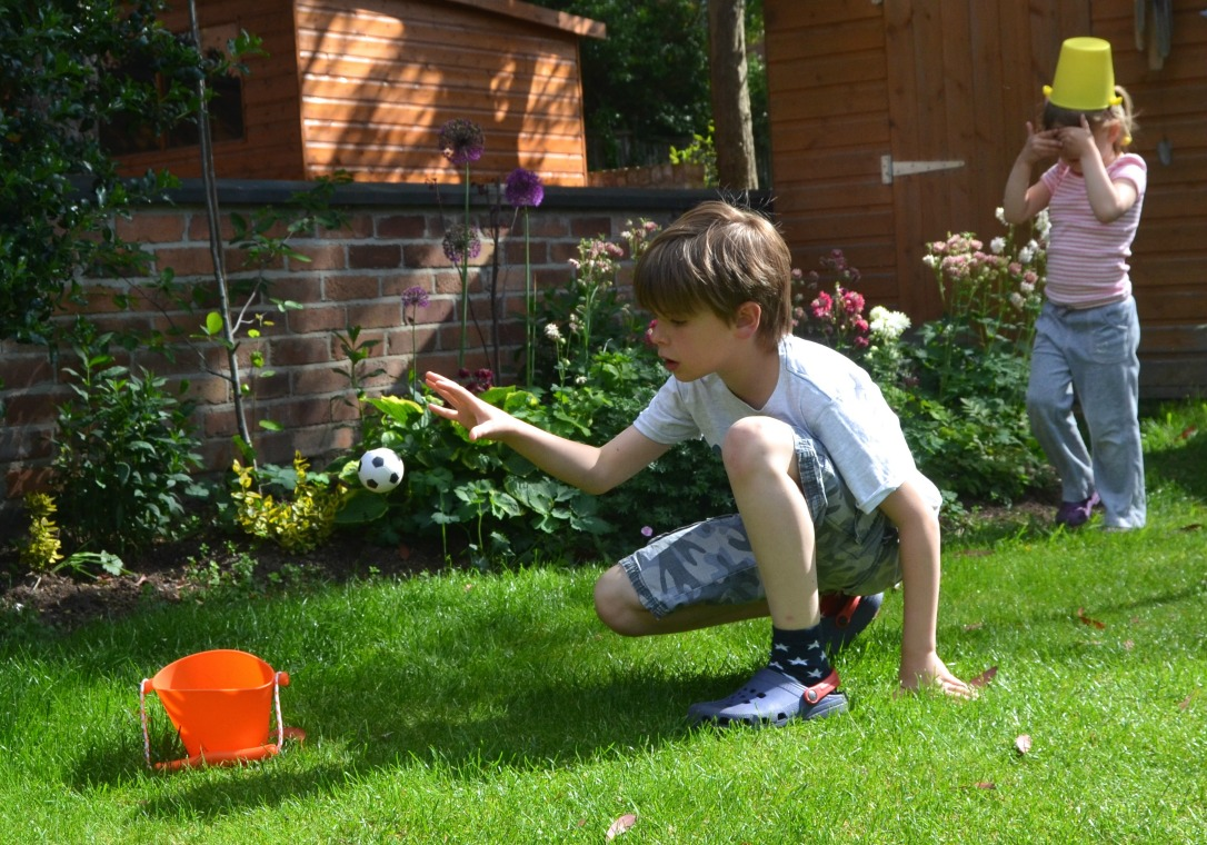 Scrunch bucket review outdoor play ideas growing family for Growing families