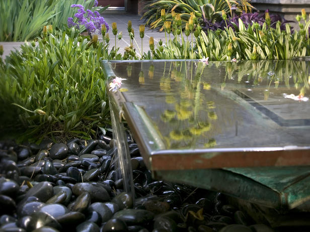 water feature contemporary