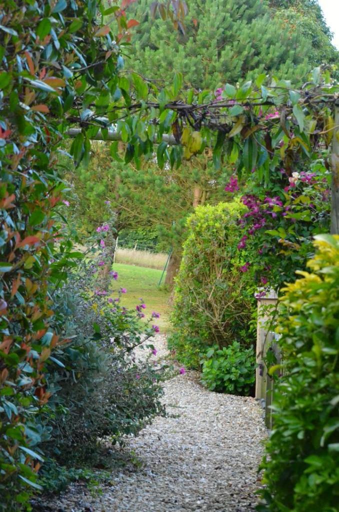 english coastal country garden path