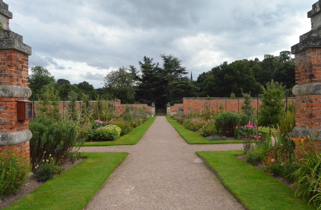 clumber park walkway