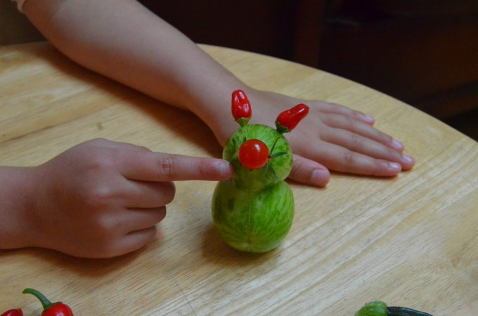 Harvest time craft: making veggie creatures