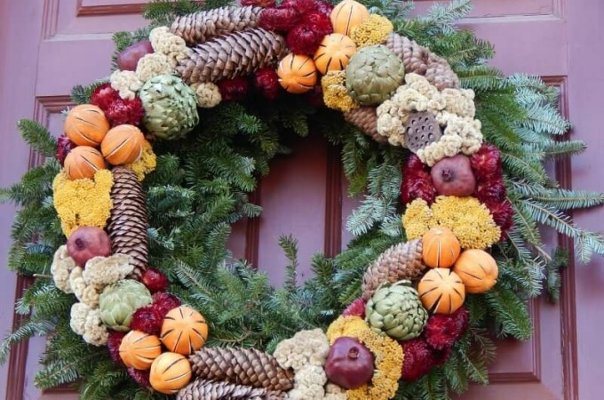 My pick of the best natural Christmas wreaths