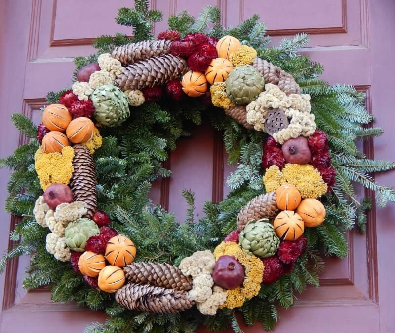 My pick of the best natural christmas wreaths growing family - Admirable christmas wreath decorating ideas to welcome the december ...