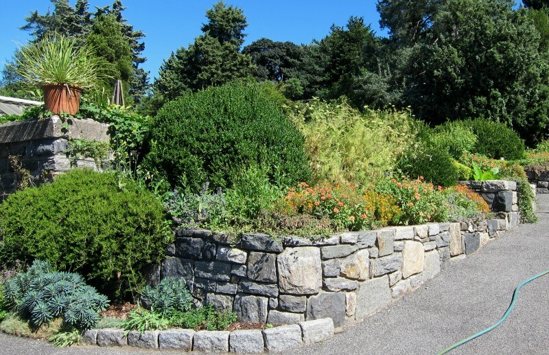 garden hard landscaping raised bed with retaining wall