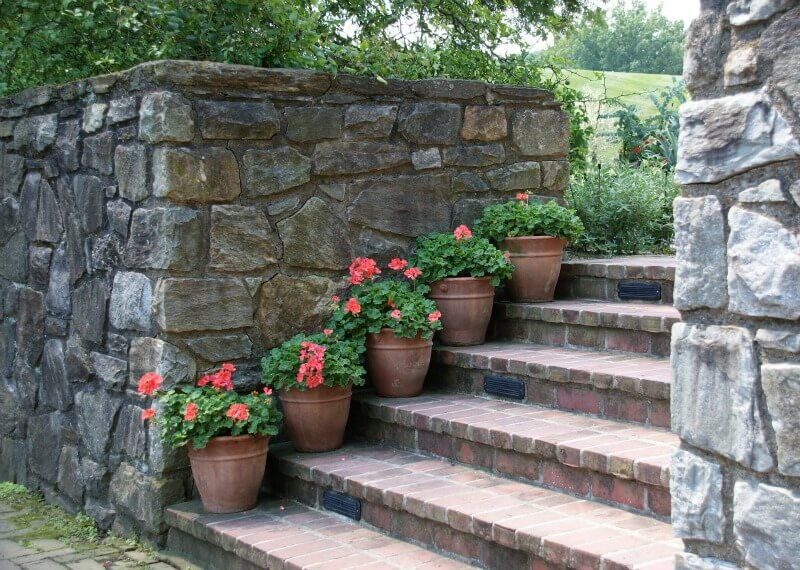 garden retaining wall hard landscaping