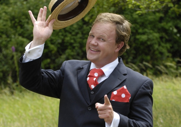 geronimo family festival 2016 headline act justin fletcher