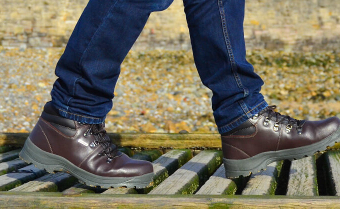 Review: Trespass Rhone Men's Leather Walking Boot