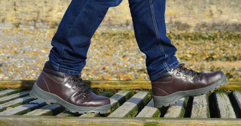 trespass rhone mens walking boot