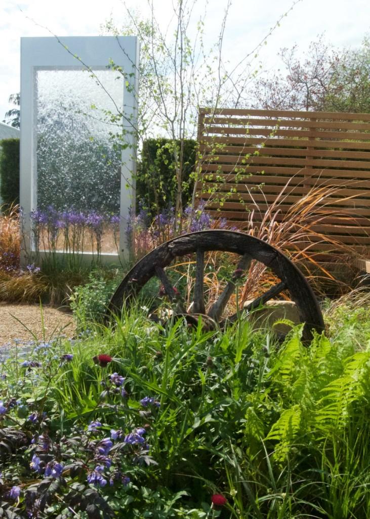 rhs malvern spring festival low line show garden