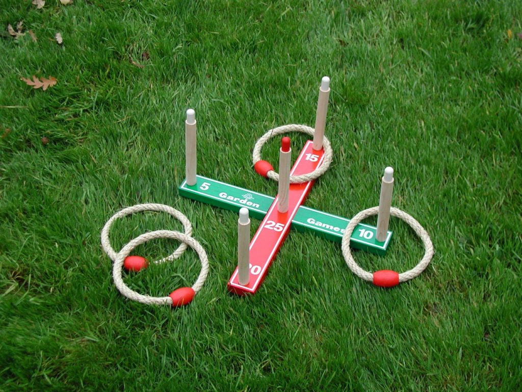 outdoor play quoits
