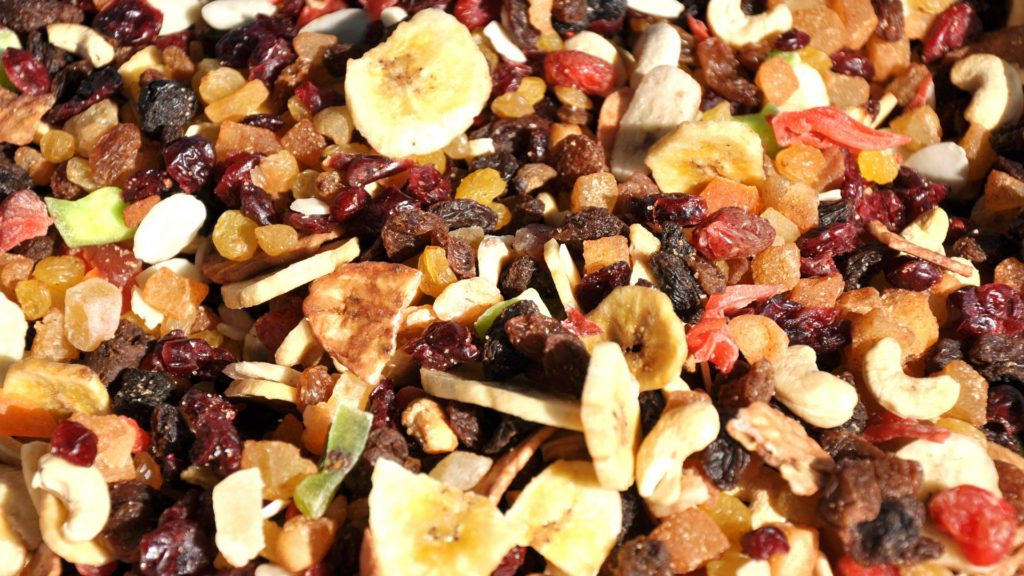 dried fruit is a great snack for family time outdoors