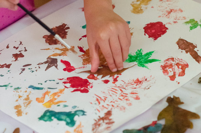 Nature Craft: making leaf prints