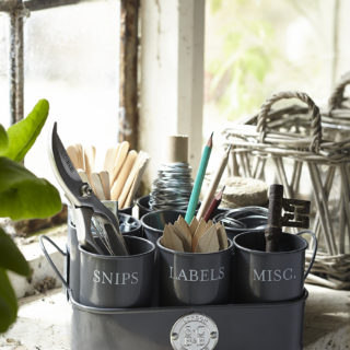 sophie conran gardeners gubbins pots from burgon and ball gardening gifts ideas