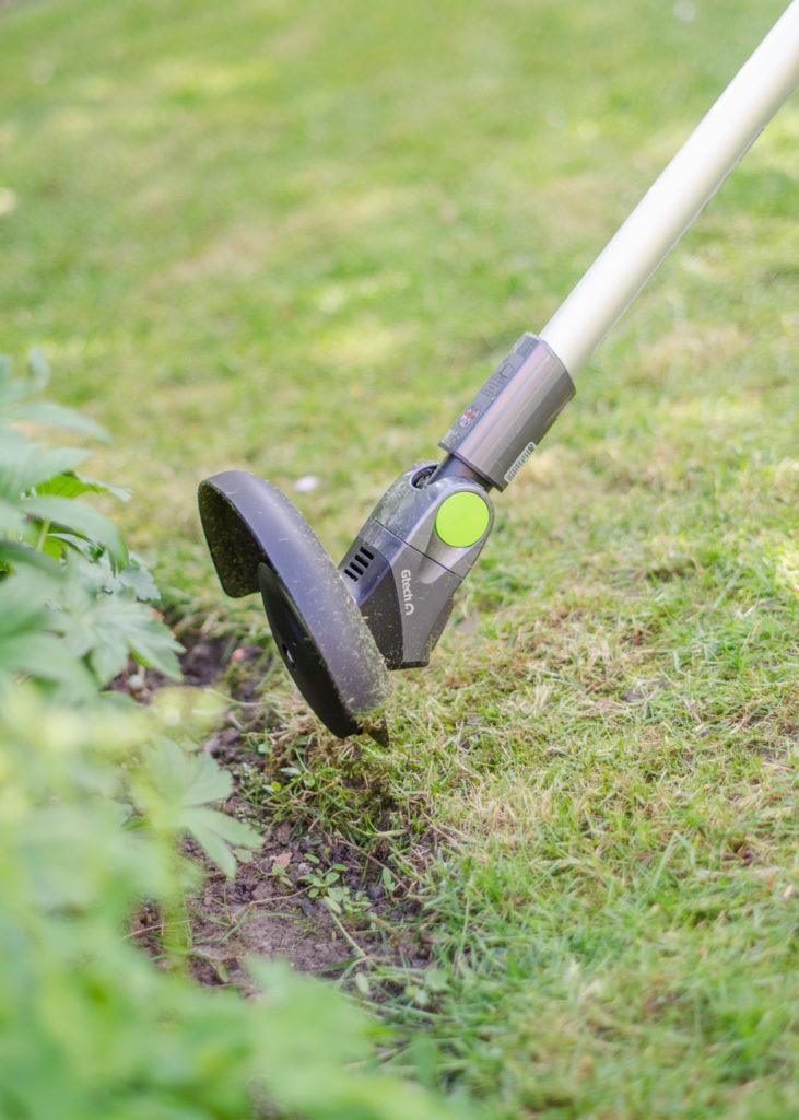Gtech ST20 grass trimmer edging