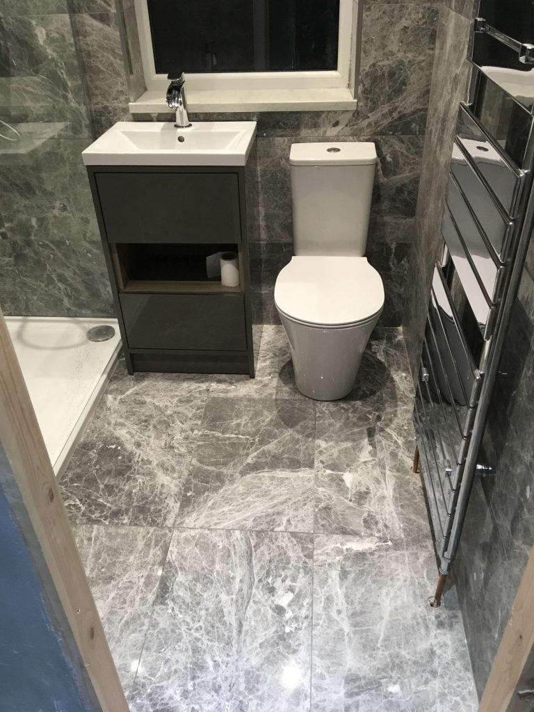 natural bathroom floor tiles