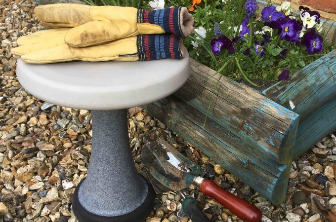 OneLeg kneeling stool