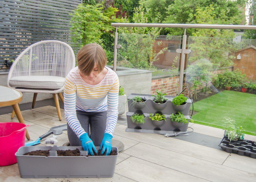 gardena natureup vertical gardening system
