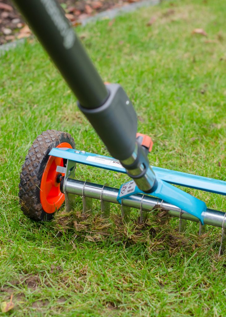 autumn garden maintenance with gardena combisystem vertical cutter