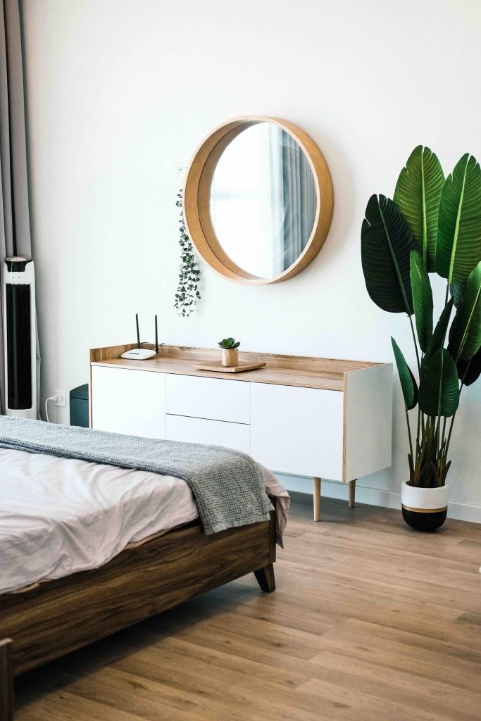 bedroom trends 2020 - using plants indoors