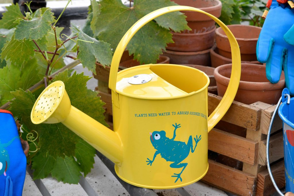 burgon & ball national trust kids watering can