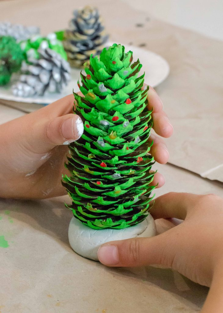 homemade christmas decorations - pine cone christmas trees in air drying clay base