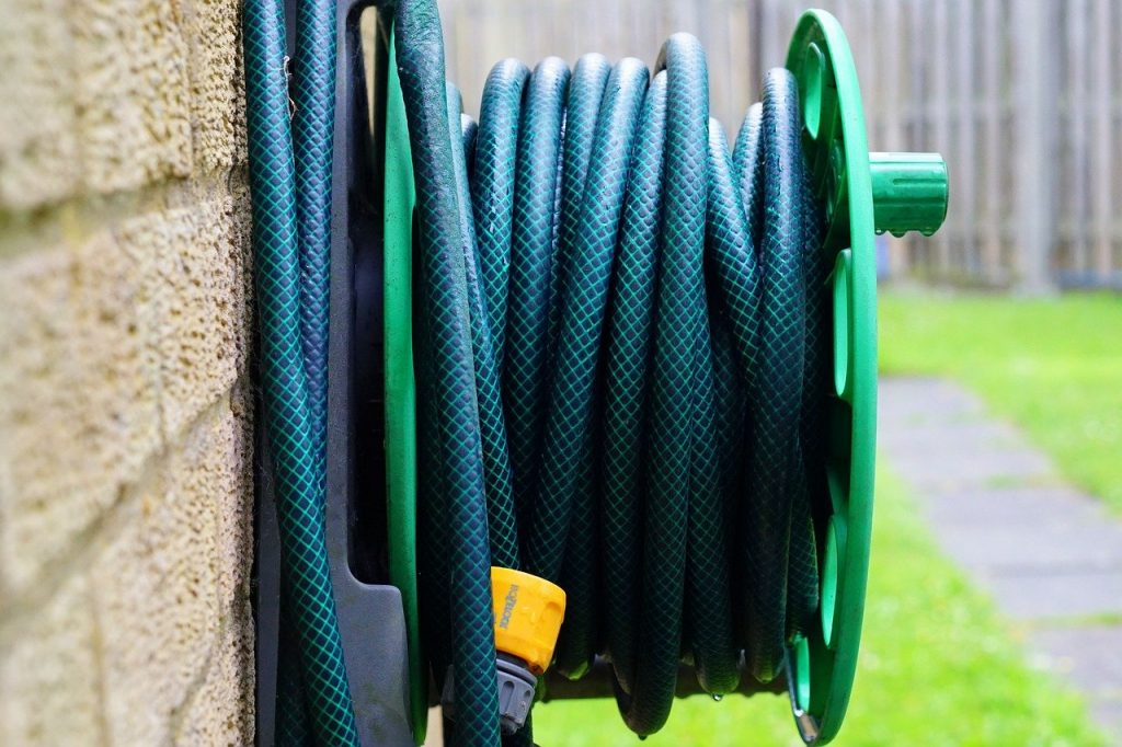 garden hosepipe reel