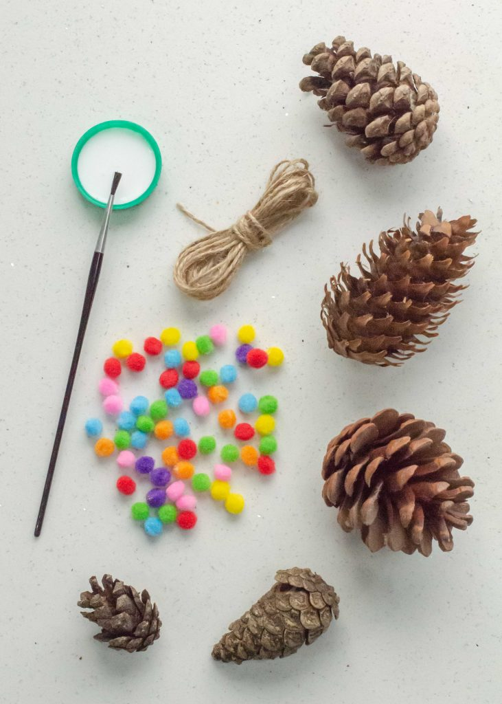 materials for making pine cone christmas decorations