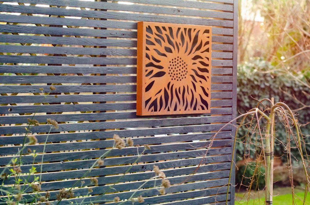 narla abstract flower outdoor artwork on black screen