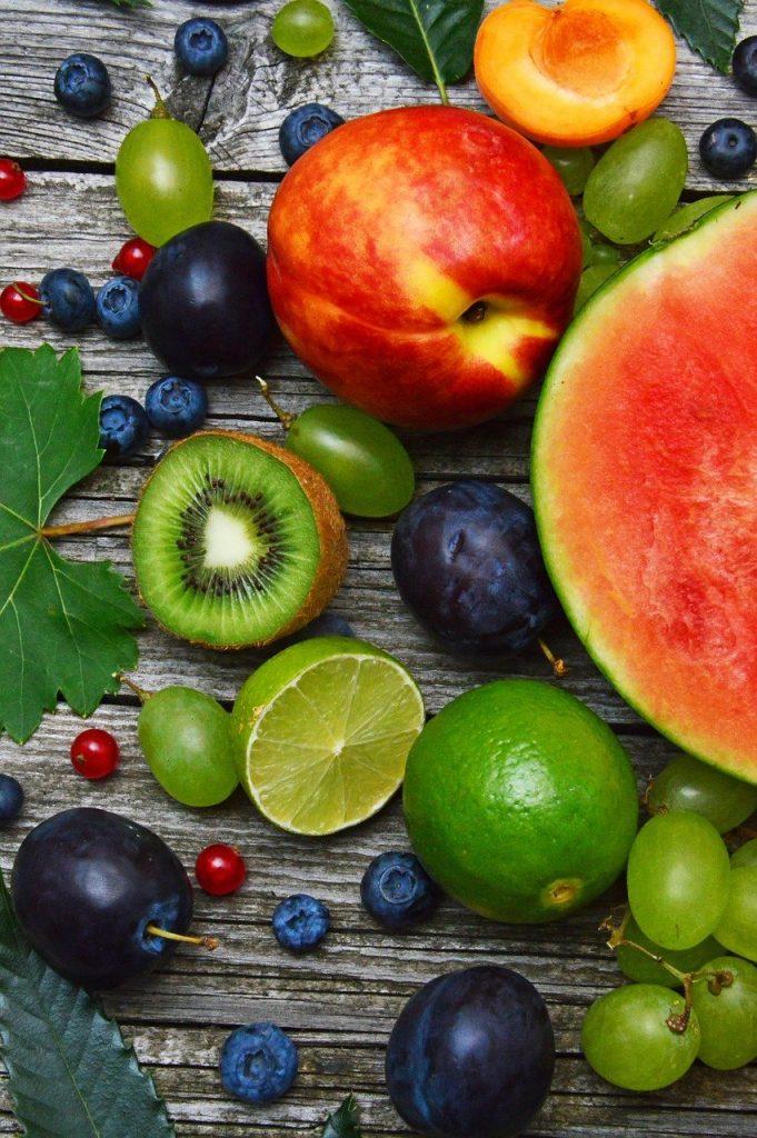 arrangement of assorted fruit