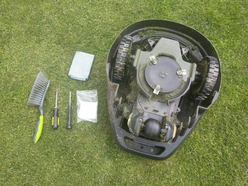 robotic lawn mower maintenance