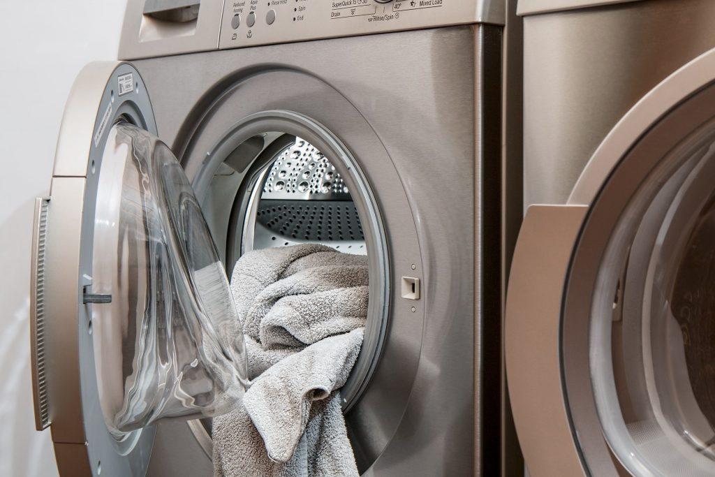 washing machine with open door