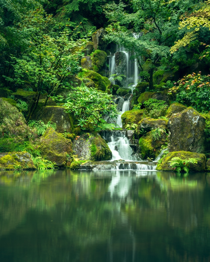 waterfall image for nature captions