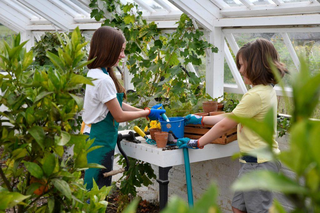 Burgon & Ball National Trust 'Get Me Gardening' children's gardening tools