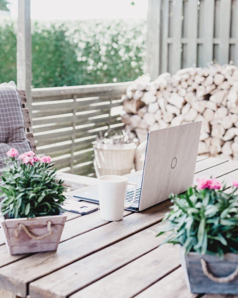 garden room with veranda