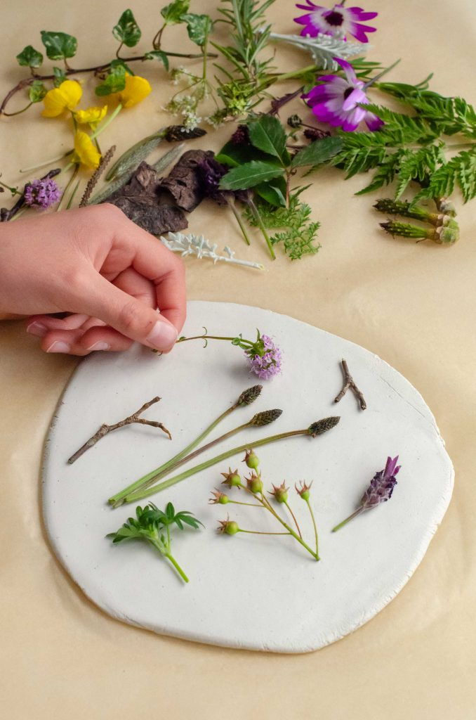 crafts for autumn - making clay pressings with natural materials